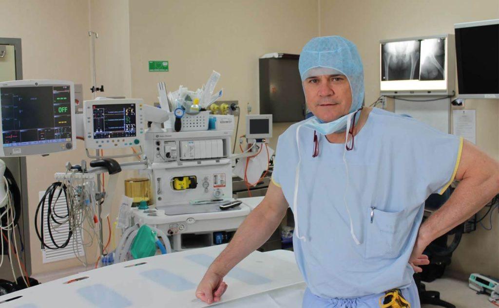 Dr Mark Pearce